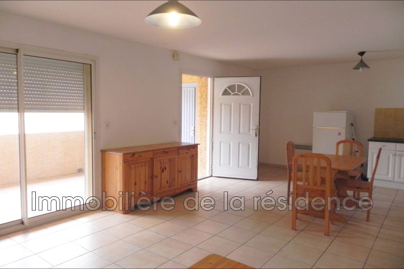 Photo Appartement Gignac-la-Nerthe Batiment a4,  Location appartement  2 pièces   47 m²