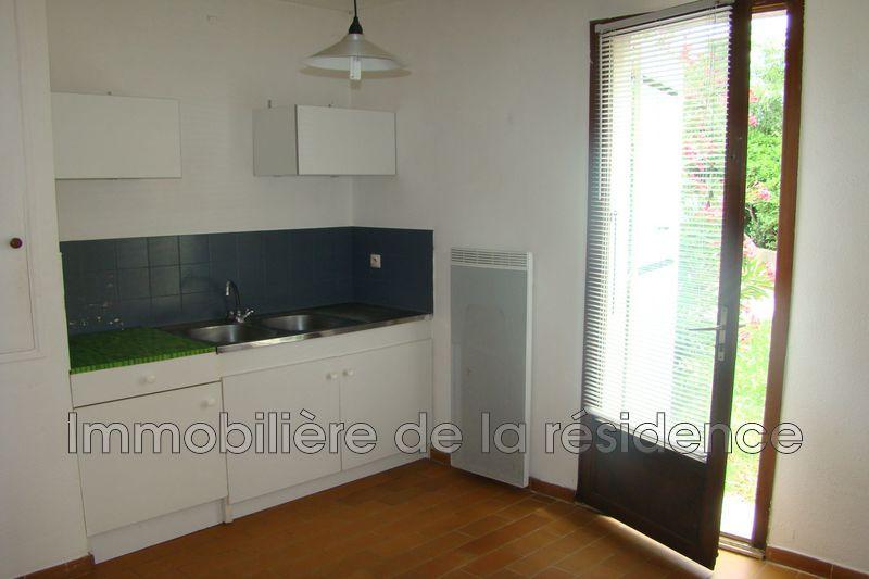 Photo Appartement Vitrolles Logement 7,  Location appartement  1 pièce   36m²