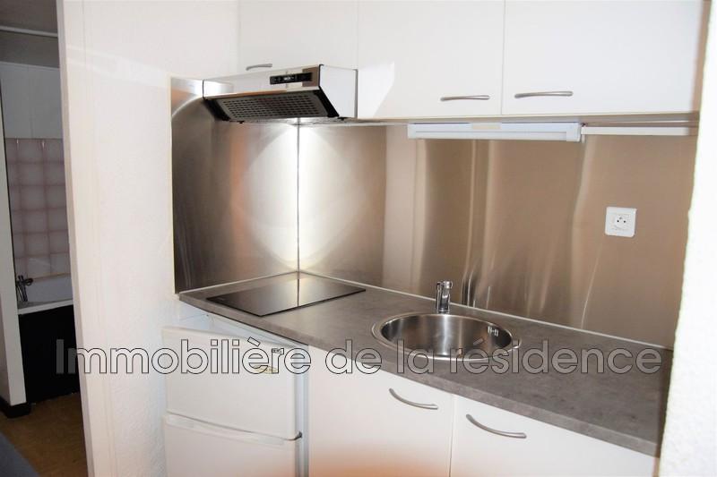 Photo Appartement Vitrolles Logement 7,  Location appartement  1 pièce   27m²