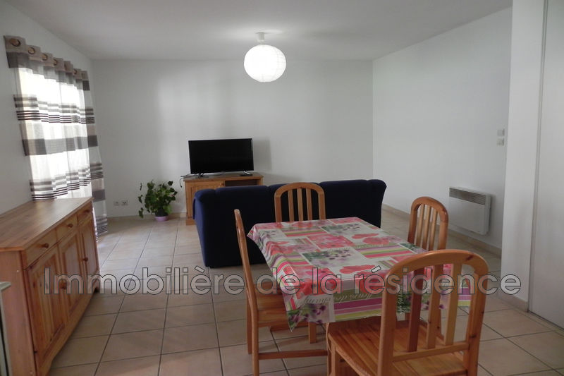 Photo Appartement Marignane Batiment b2,  Location appartement  2 pièces   46 m²