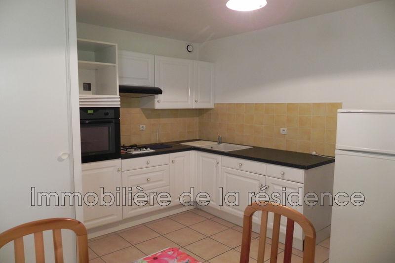 Photo Appartement Gignac-la-Nerthe Batiment b2,  Location appartement  2 pièces   46m²