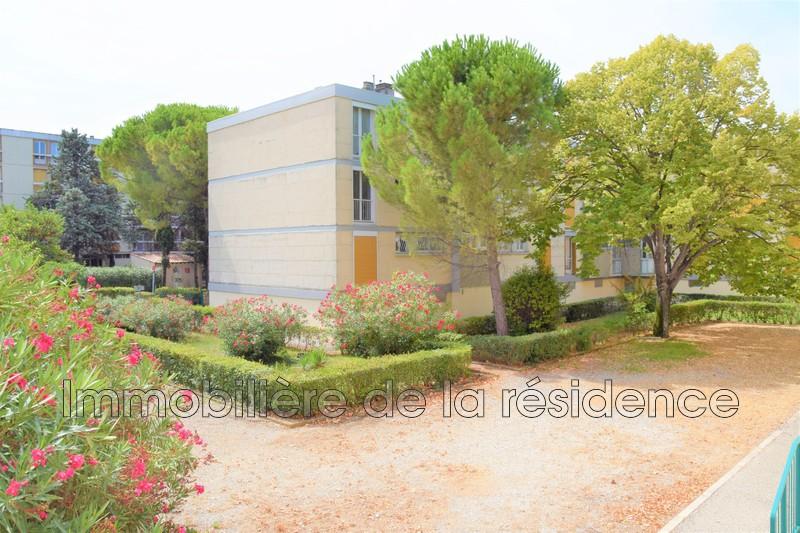 Photo Appartement Marignane Le concorde,  Location appartement  3 pièces   61m²