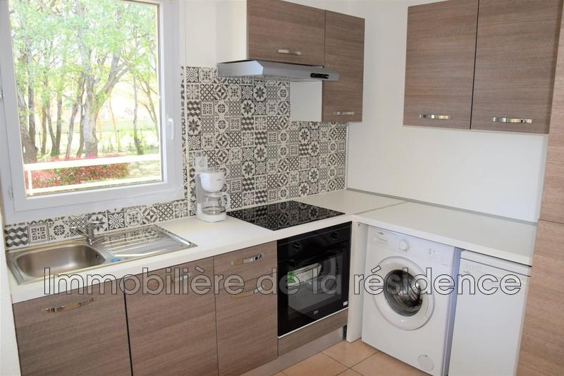 Photo Appartement Vitrolles Les bords du lac,  Location appartement  2 pièces   47m²