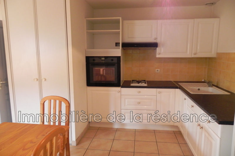 Photo Appartement Gignac-la-Nerthe Batiment a3,  Location appartement  2 pièces   46 m²