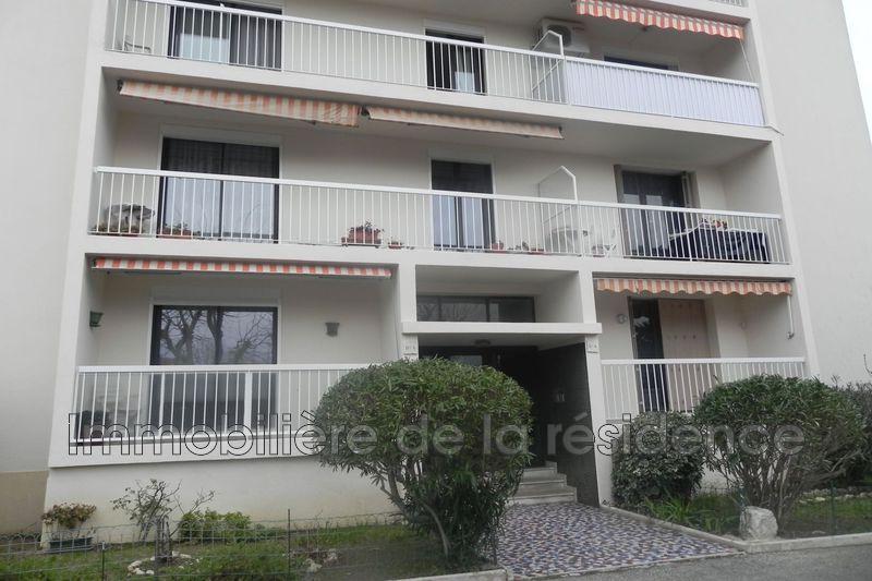 Photo Appartement Marignane Les florides,  Location appartement  2 pièces   64m²