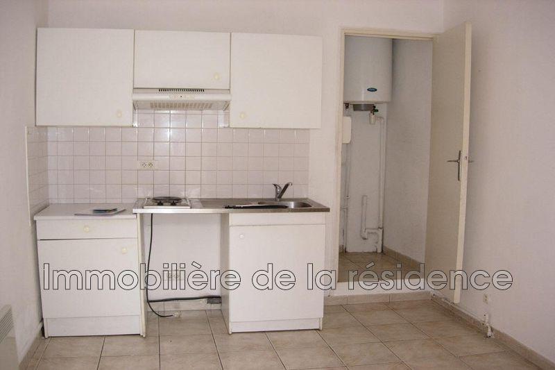 Photo Appartement Marignane Logement 5,  Location appartement  1 pièce   26m²