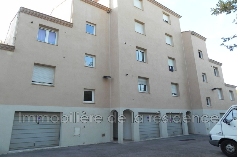 Photo Appartement Marignane Logement 7,  Location appartement  4 pièces   71 m²