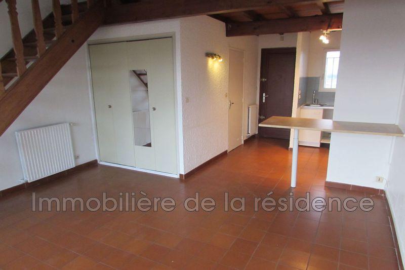 Photo Appartement Rognac Logement 10,  Location appartement  2 pièces   39m²