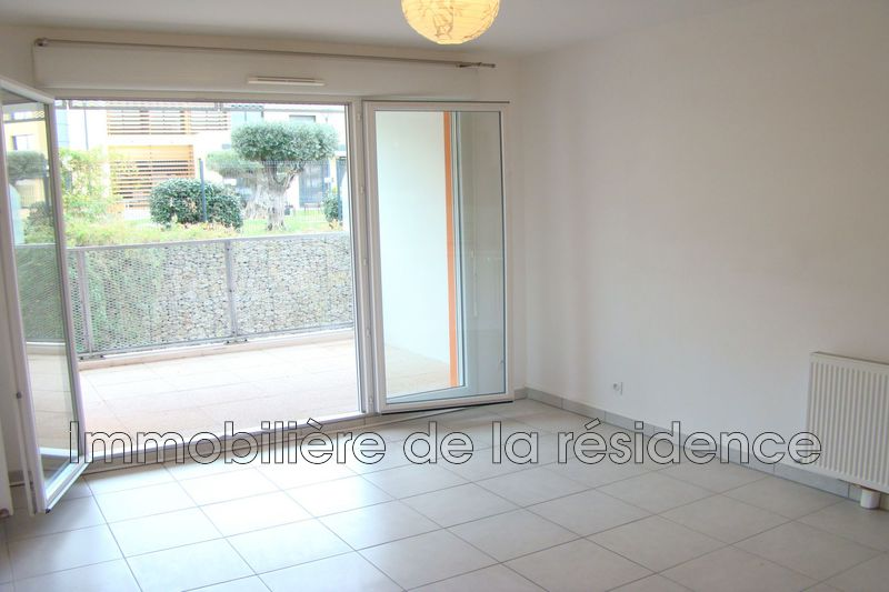 Photo Apartment Vitrolles Centre-ville,  Rentals apartment  2 rooms   36m²