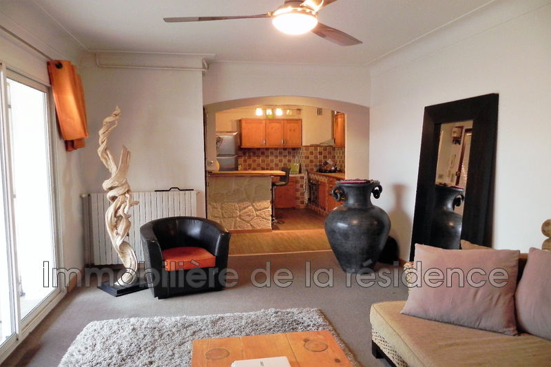 Photo Villa Marignane  Location villa  3 chambres   74 m²