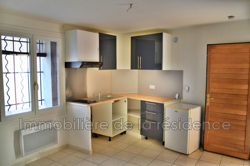 Photo Appartement Marignane Centre-ville,  Location appartement  2 pièces   26 m²