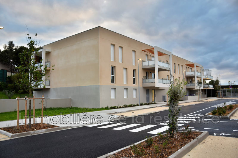 Photo Apartment Gignac-la-Nerthe Campagne,  Rentals apartment  3 rooms   61 m²
