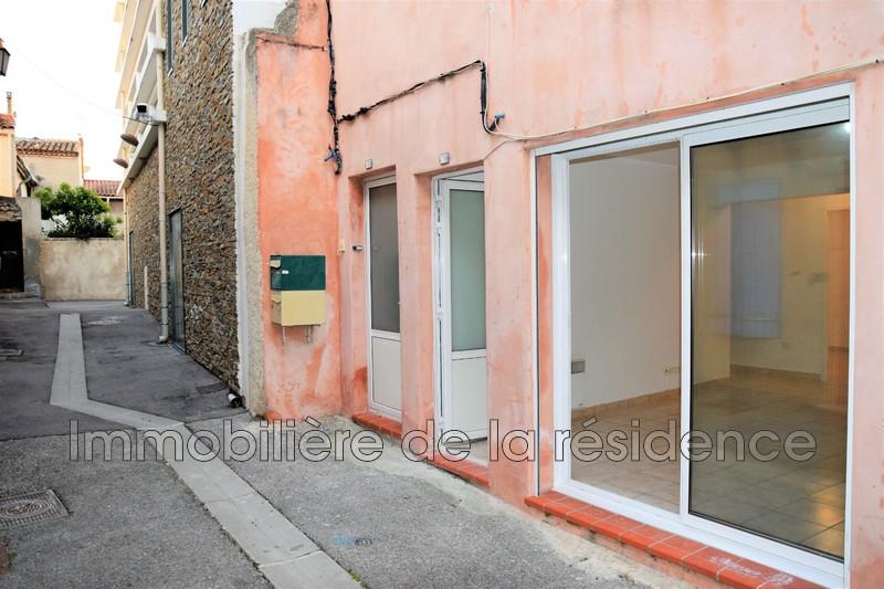 Photo Appartement Rognac  Location appartement  2 pièces   37m²