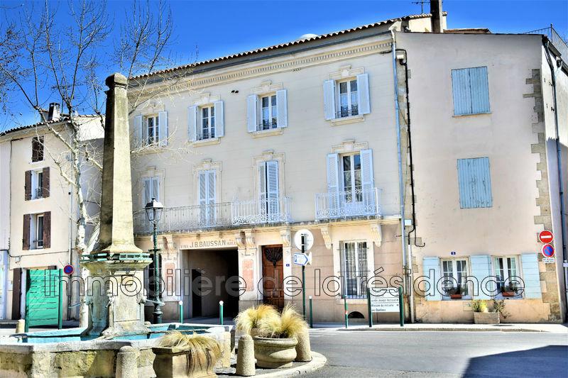 Photo Appartement Saint-Cannat Centre-ville,  Location appartement  2 pièces   51m²