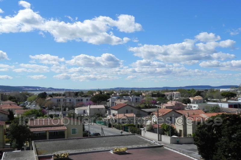 Photo Appartement Marignane  Location appartement  3 pièces   60m²