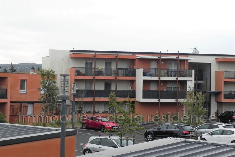 Photo Appartement Marignane  Location appartement  2 pièces   40m²