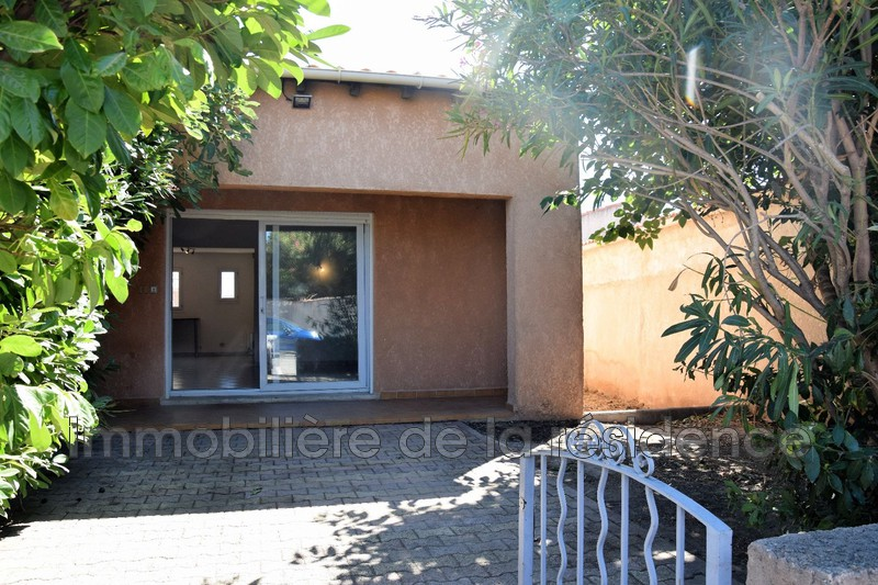 Photo n°1 - Location appartement Châteauneuf-les-Martigues 13220 - 780 €