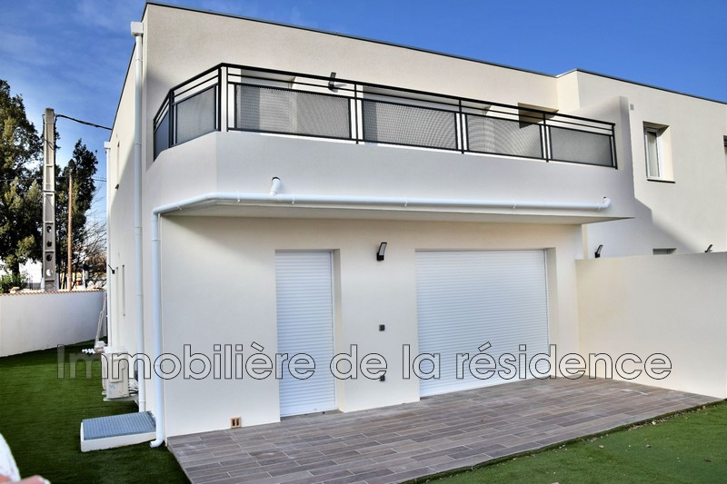 Photo Appartement Marignane Centre-ville,  Location appartement  3 pièces   55 m²