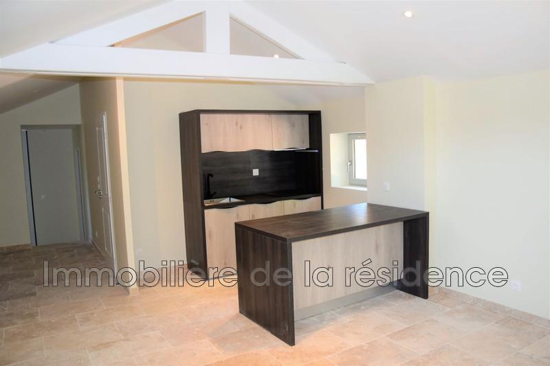 Photo Appartement Gignac-la-Nerthe Logement 10,  Location appartement  3 pièces   66m²
