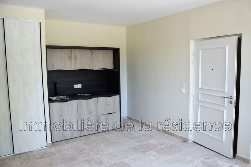 Photo Appartement Gignac-la-Nerthe Logement 6,  Location appartement  2 pièces   36m²