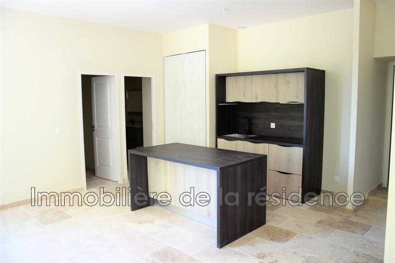 Photo Appartement Gignac-la-Nerthe Logement 7,  Location appartement  3 pièces   63m²