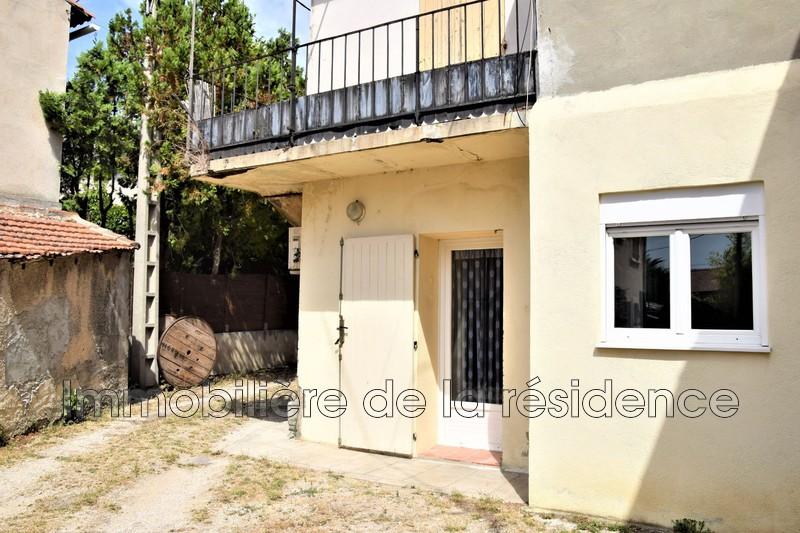 Photo Appartement Rognac Centre-ville,  Location appartement  2 pièces   39m²