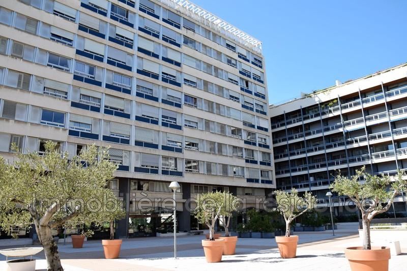 Photo Appartement Marseille Centre-ville,  Location appartement  1 pièce   47m²