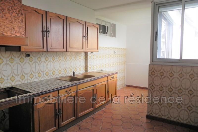 Photo Apartment Marignane  Rentals apartment  5 rooms   86m²