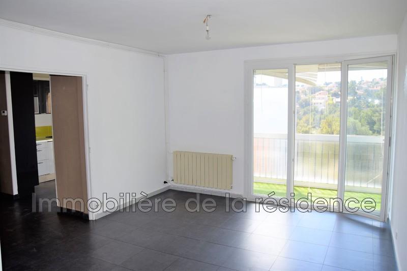 Photo Appartement Les Pennes-Mirabeau Eglise des cadennaux ,  Location appartement  4 pièces   69m²