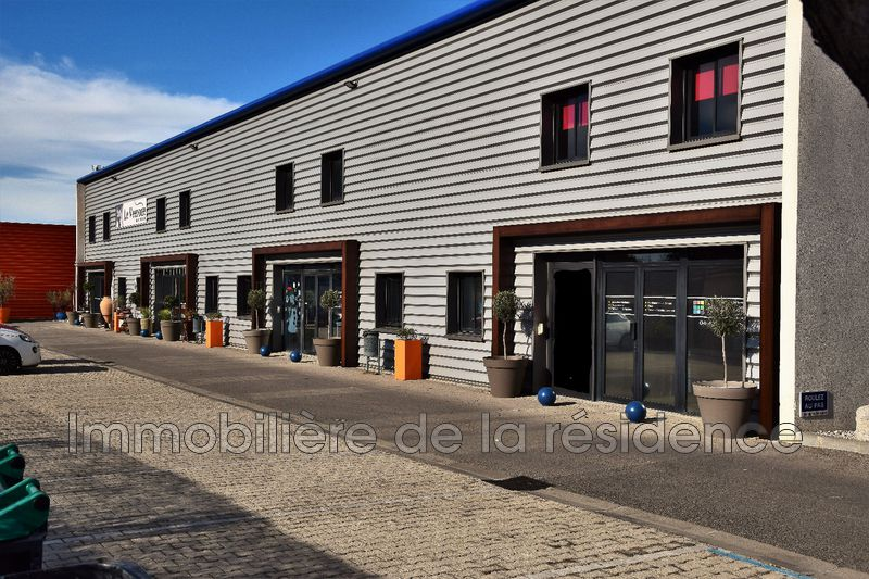 Photo Local professionnel Marignane  Professionnel local professionnel   430 m²