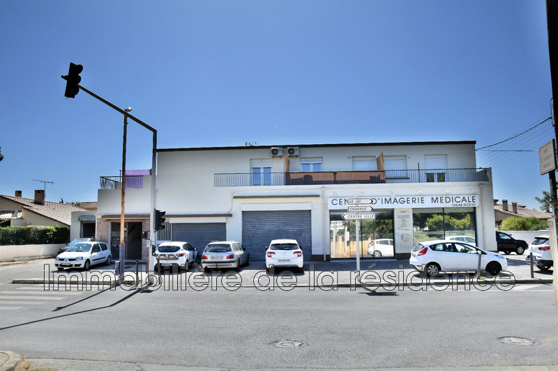 Photo Local professionnel Marignane Les beugons ,  Professionnel local professionnel   380 m²