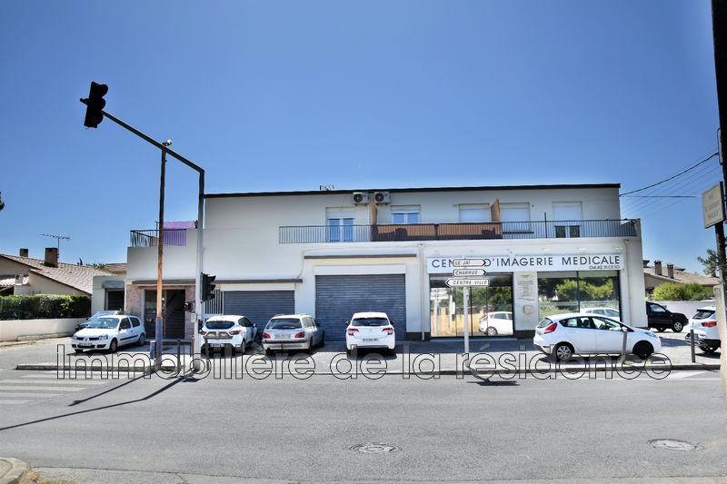 Photo Local professionnel Marignane Les beugons,  Professionnel local professionnel   171m²