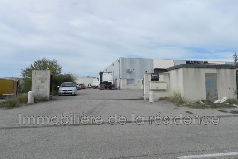 Photo Local professionnel Rognac Local 4,  Professionnel local professionnel   420m²