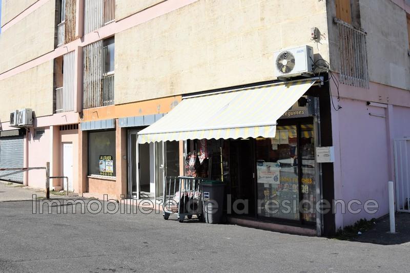 Photo Local professionnel Gignac-la-Nerthe Centre-ville,  Professionnel local professionnel   36m²