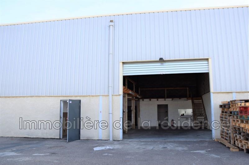 Photo Local professionnel Rognac Local 7,  Professionnel local professionnel   164m²