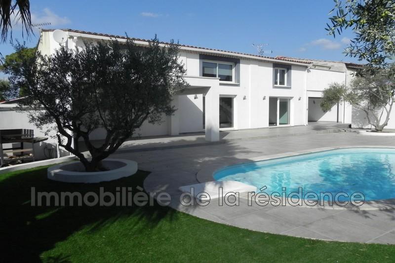 Photo Maison contemporaine Marignane Beugons ,   achat maison contemporaine  4 chambres   196m²