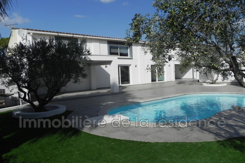 Photo Maison contemporaine Marignane Beugons ,   achat maison contemporaine  4 chambres   196 m²