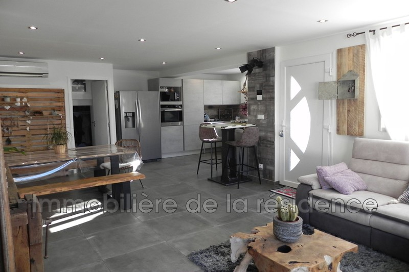 Photo Maison contemporaine Marignane Sortie de ville,   to buy maison contemporaine  3 bedrooms   136 m²