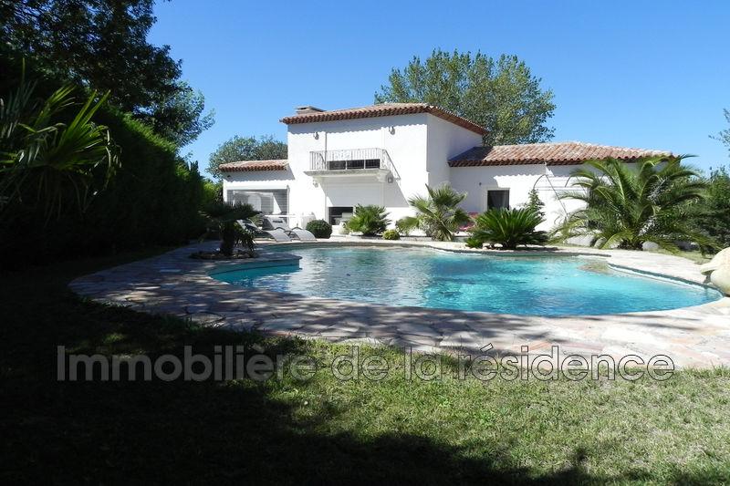 Photo Villa Marignane   achat villa  4 chambres   200m²