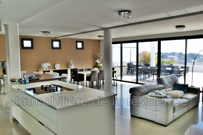 Photo Appartement Carry-le-Rouet Centre-ville,   achat appartement  3 pièces   142 m²