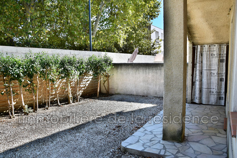 Photo Apartment Saint-Victoret Centre-ville,   to buy apartment  3 rooms   65 m²