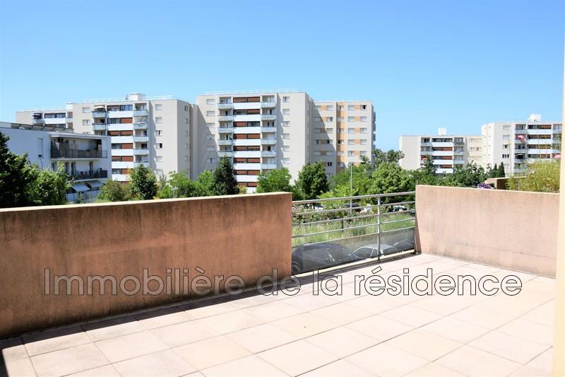 Photo Appartement Vitrolles Centre-ville,   achat appartement  3 pièces   67m²