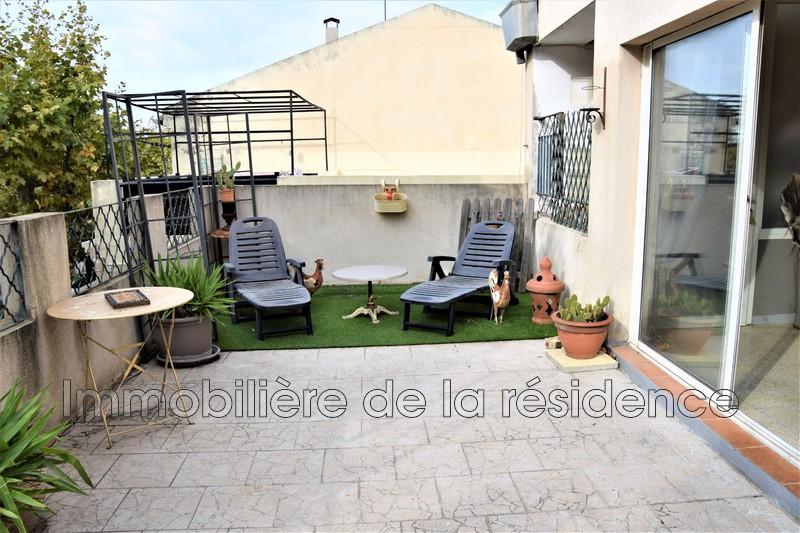 Photo Appartement Rognac Centre-ville,   achat appartement  3 pièces   66m²