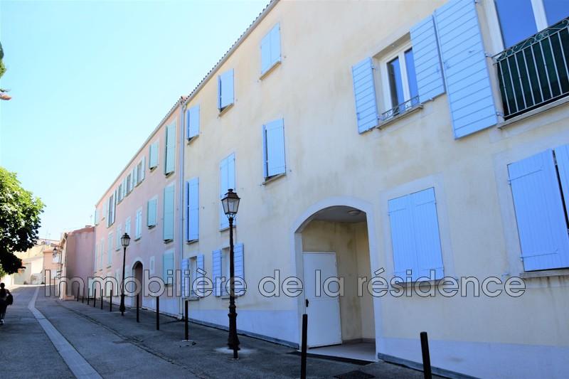 Photo Appartement Rognac Place stjacques,   achat appartement  4 pièces   70m²