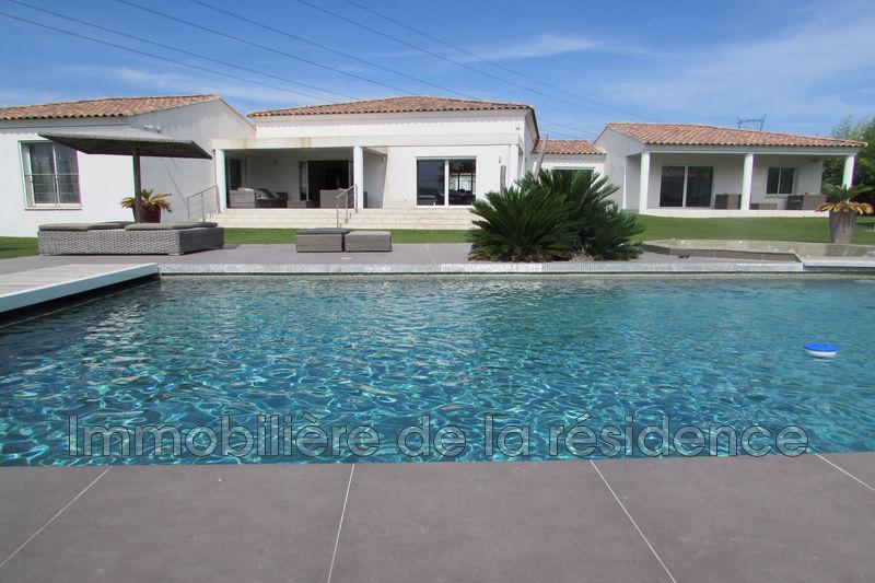 Photo Villa Ventabren   achat villa  5 chambres   245m²