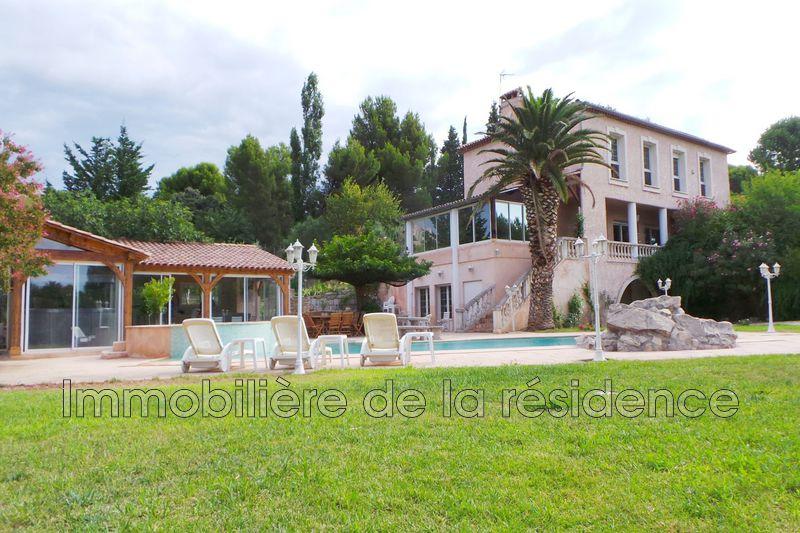 Photo Bastide La Fare-les-Oliviers   achat bastide  5 chambres   306m²