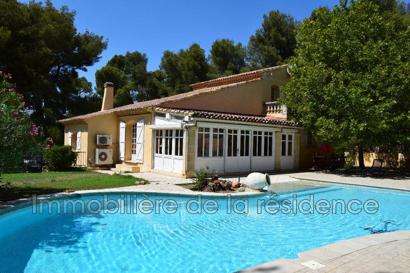 Photo Villa Rognac   achat villa  4 chambres   195m²