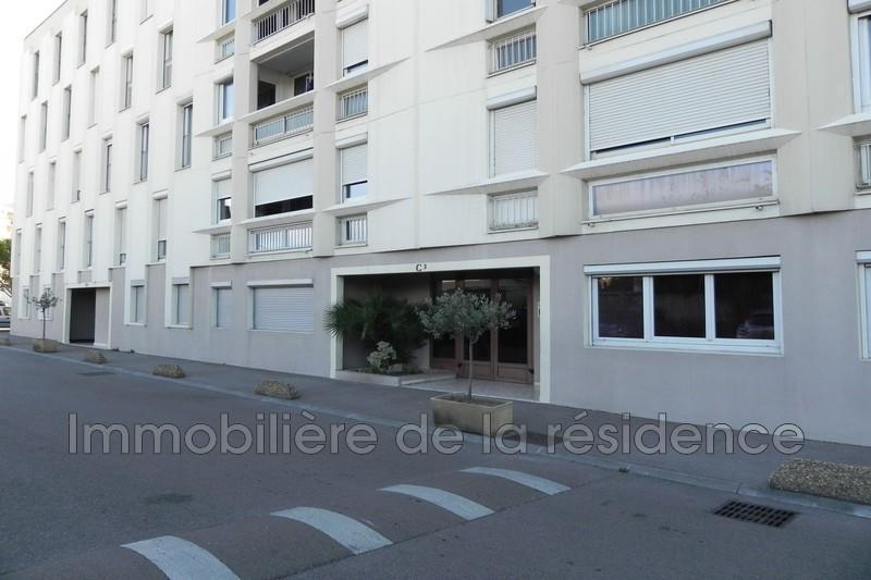 Photo Appartement Marignane Centre-ville,  Location appartement  3 pièces   66m²