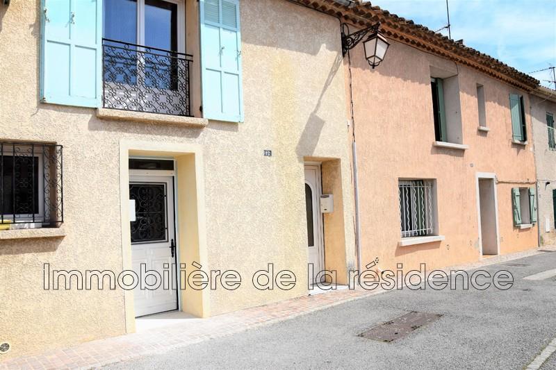 Photo Appartement Rognac Centre-ville,  Location appartement  3 pièces   48m²