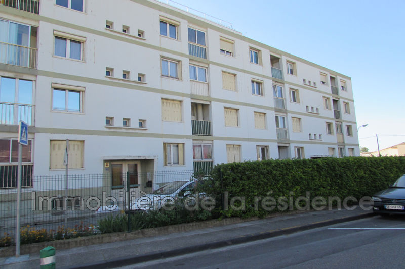 Photo n°1 - Location appartement Rognac 13340 - 600 €
